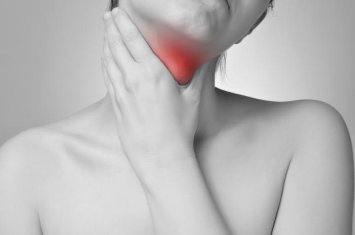 Hypothyroidism and sore throat