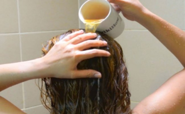 Ways and Benefits of Using Vinegar for Hair Growth | New