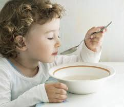 what to feed toddler after vomiting broth