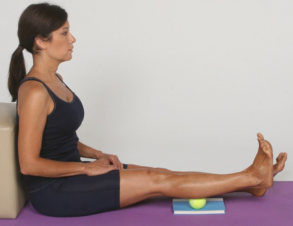 Six Feet Under Massage: Knee Crackles When Bending: 6 Causes And 8 Remedies