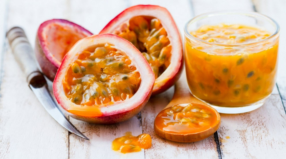 healthy fruit to eat while dieting passion fruit juice